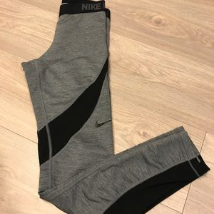 Nike Pro Thermal-ish Leggings